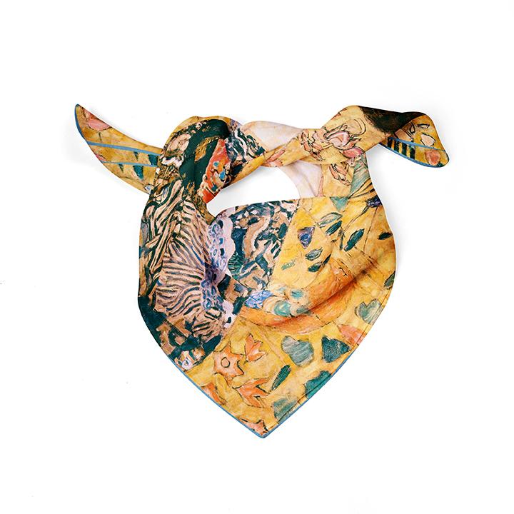 Square, Klimt, Women with Fan, 52x52cm, 100% Silk